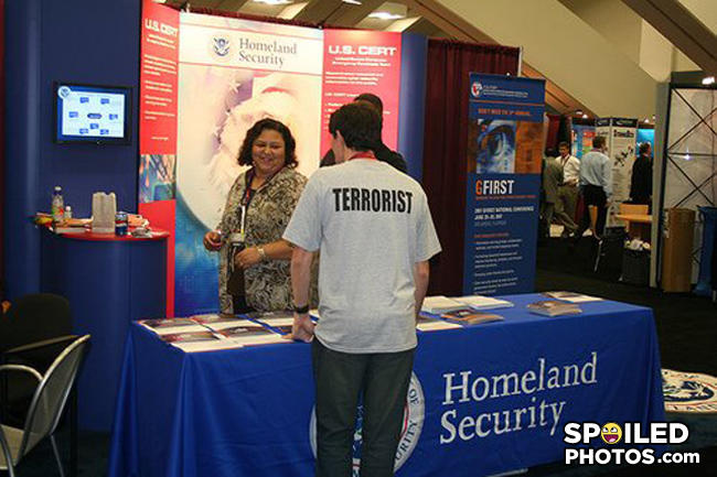 Homeland_security_booth